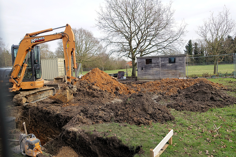 05 2 JCB footings Trench